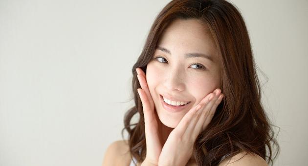 セラミック治療で白い歯